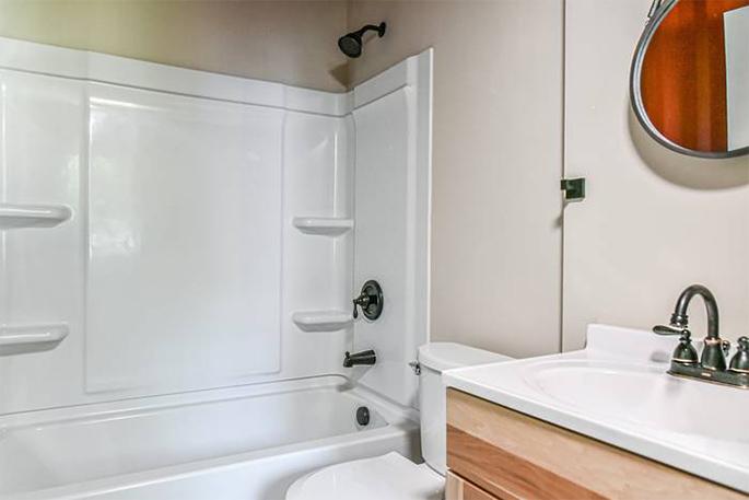 RhoHouse bathroom 2